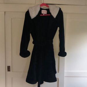 VS black plush robe